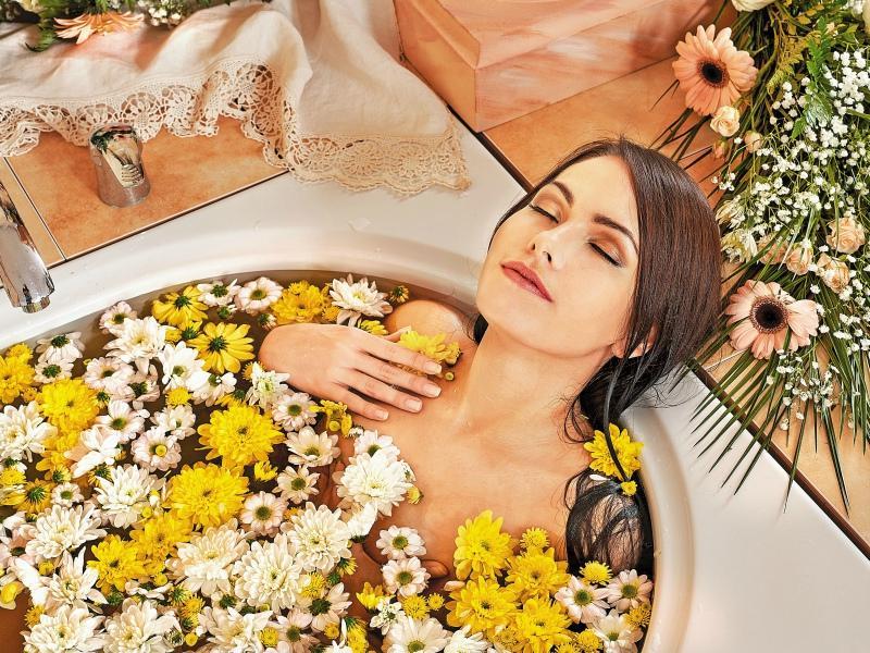 Народные средства от молочницы у женщин ванны